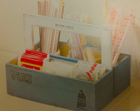 木箱の持ち手つき小物入れ 画像